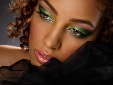 Maquilleuse Africaine des îles pour mariage afro